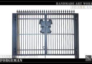 ロートアイアン,門扉,重厚感,シンプル
